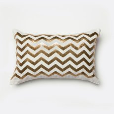 Alyssia Pillow Product Image