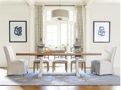 Moderne Muse Dining Table