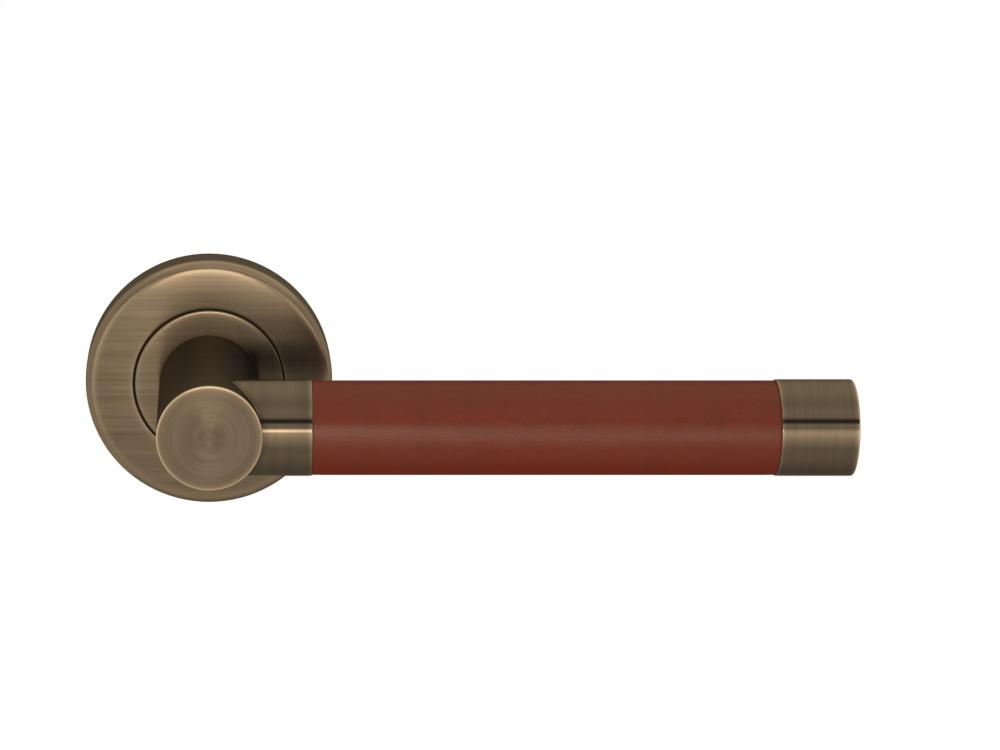 Barrel Stitch In Recess Leather In Chestnut And Fine Antique Brass