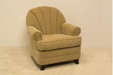 Tufted Back Transitional Chair