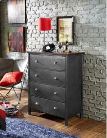 Urban Quarters Chest