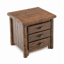 Old Towne 3 Drawer Nightstand
