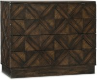 Roslyn County Four-Drawer Bachelors Chest Product Image