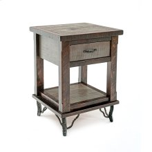 Hill Country 1 Drawer Nightstand With Shelf