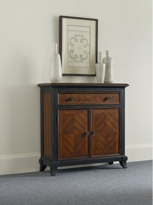 Wingate One-Drawer Two-Door Chest