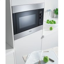 "24"" M8260-1 Classic Series Microwave - Microwave Oven"