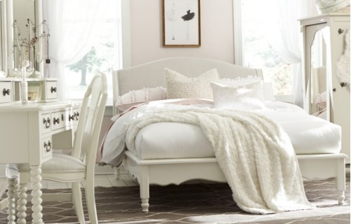 Inspirations by Wendy Bellissimo - Seashell White Avalon Platform Bed Full F 4/6