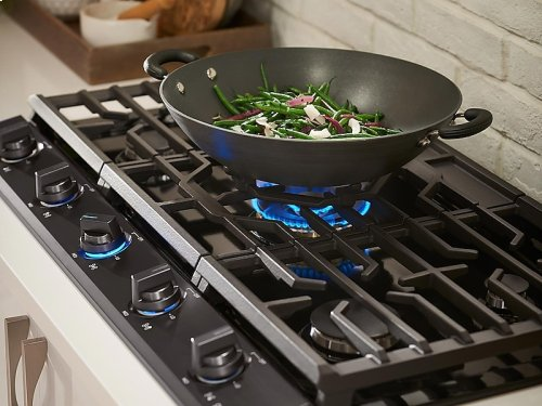 "36"" Gas Chef Collection Cooktop with 22K BTU Dual Power Burner (2018)"