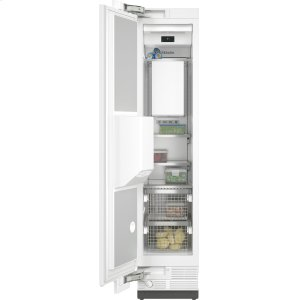 MieleF 2471 Vi - MasterCool™ freezer Integrated IceMaker features separate water and ice dispensers.