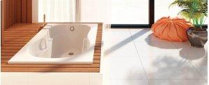 AZUR 642 Product Image