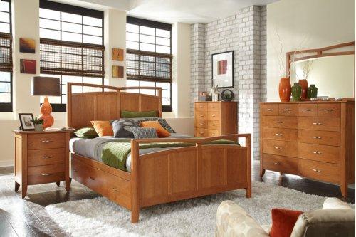 Monarch Panel Bed, Queen Floor Model Clearance