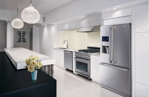 Electrolux ICON® 30'' Full-Gas Freestanding Range