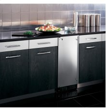 Monogram® High Production, Large Capacity Automatic Icemaker