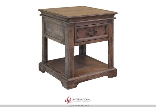 Cocktail Table w/4 drawers & casters