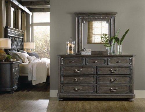 Vintage West Nine-Drawer Dresser