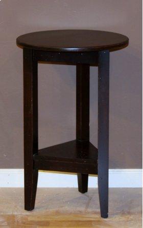 "#446 18"" Cricket Table 18""rx28""h"