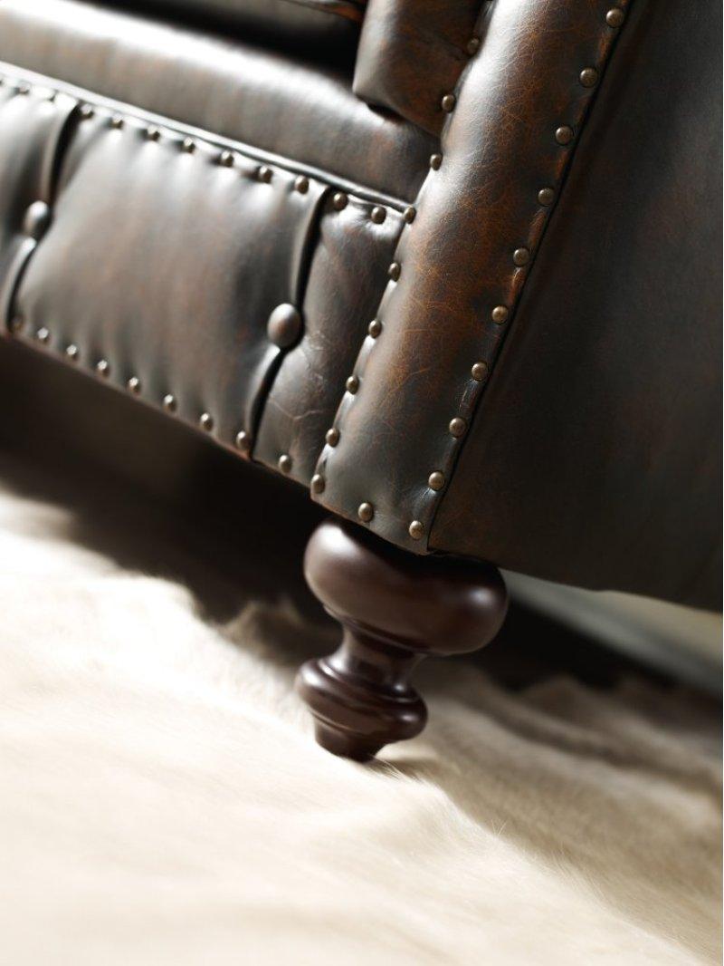 Bernhardt London Club Sofa 116 1 2 In Molasses 780 In In