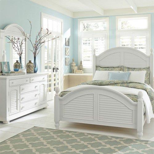 Queen Poster Bed, Dresser & Mirror