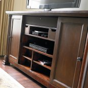 """Louis-Philippe 75"""" Nvelop Credenza"""