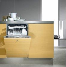 Fully-Integrated, Slimline Dishwasher