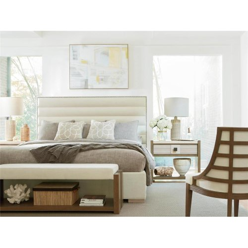 Upholstered Queen Bed