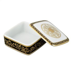 Porcelain Square Pill Box 55 X 55 Mm