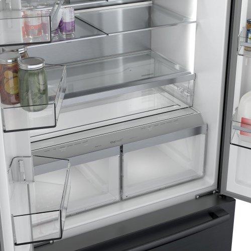 800 Series French Door Bottom Mount Refrigerator Black stainless steel
