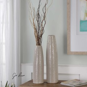 Sara, Vases, S/2