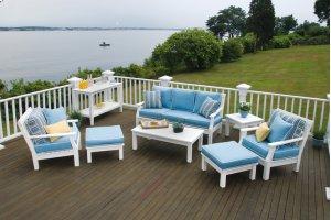 Nantucket Sofa (090)
