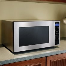 "Distinctive 24"" Microwave Oven in Black Glass"