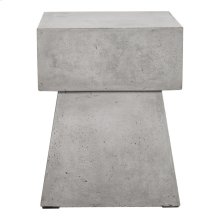 Ekon Outdoor Stool