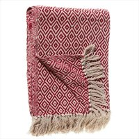Red & Cream Diamond Pattern Throw. Product Image