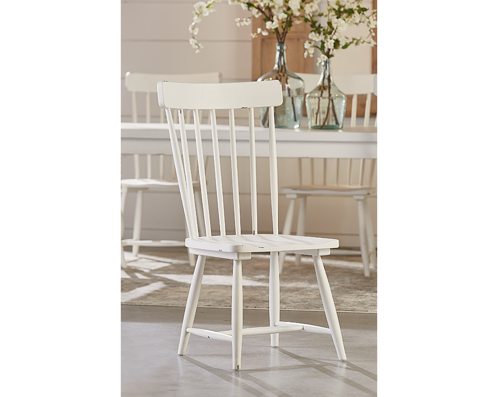 Jou0027s White Spindle Back Chair