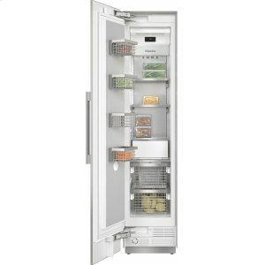 MieleF 2411 SF MasterCool freezer For high-end design and technology on a large scale.