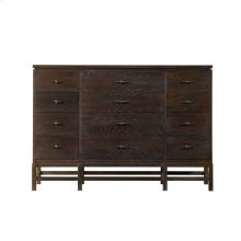 Resort-Tranquility Isle Triple Dresser in Channel Marker