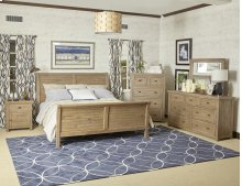 Slater Mill 3 Piece King Bedroom Set: Bed, Dresser, Mirror