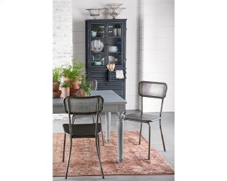 Method Mesh Back Chairs With Calais Table