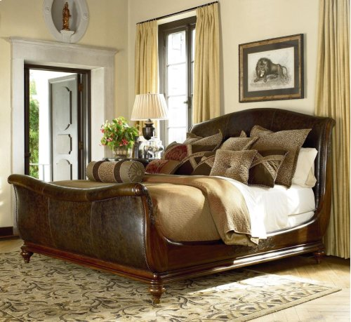 Ernest Hemingway® Aberdare Sleigh Bed (Cal. King)