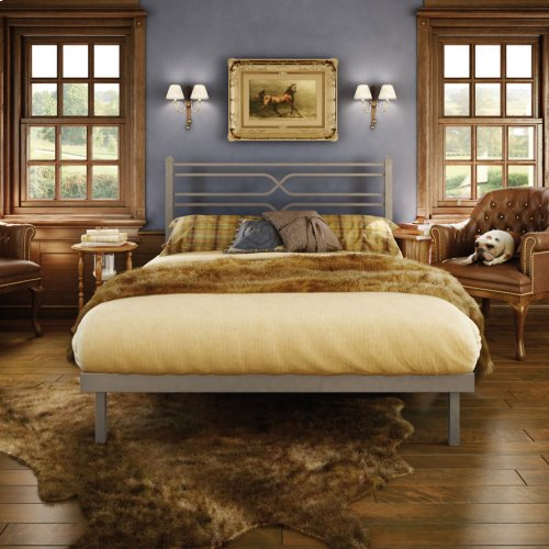 Timeless Platform Footboard Bed - King