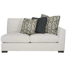 Nicolette Right Arm Loveseat in Mocha (751)