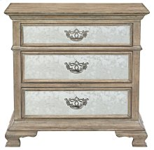 Campania Bachelor's Chest in Campania Weathered Sand (370)