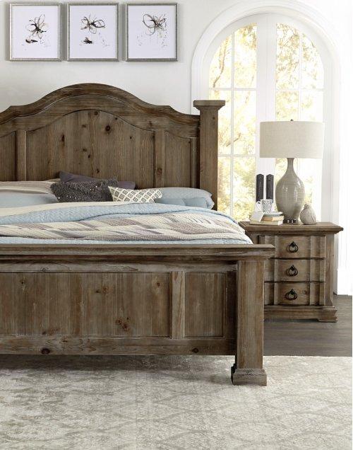 VAUGHAN BASSETT 682-559QBDMCG 4-Piece Rustic Hills Group Queen Poster Bed, Dresser, Mirror & Chest