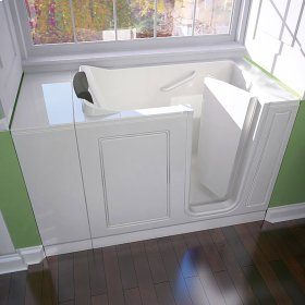 Luxury Series 28x48 Walk-in Tub  Right Drain  American Standard - White