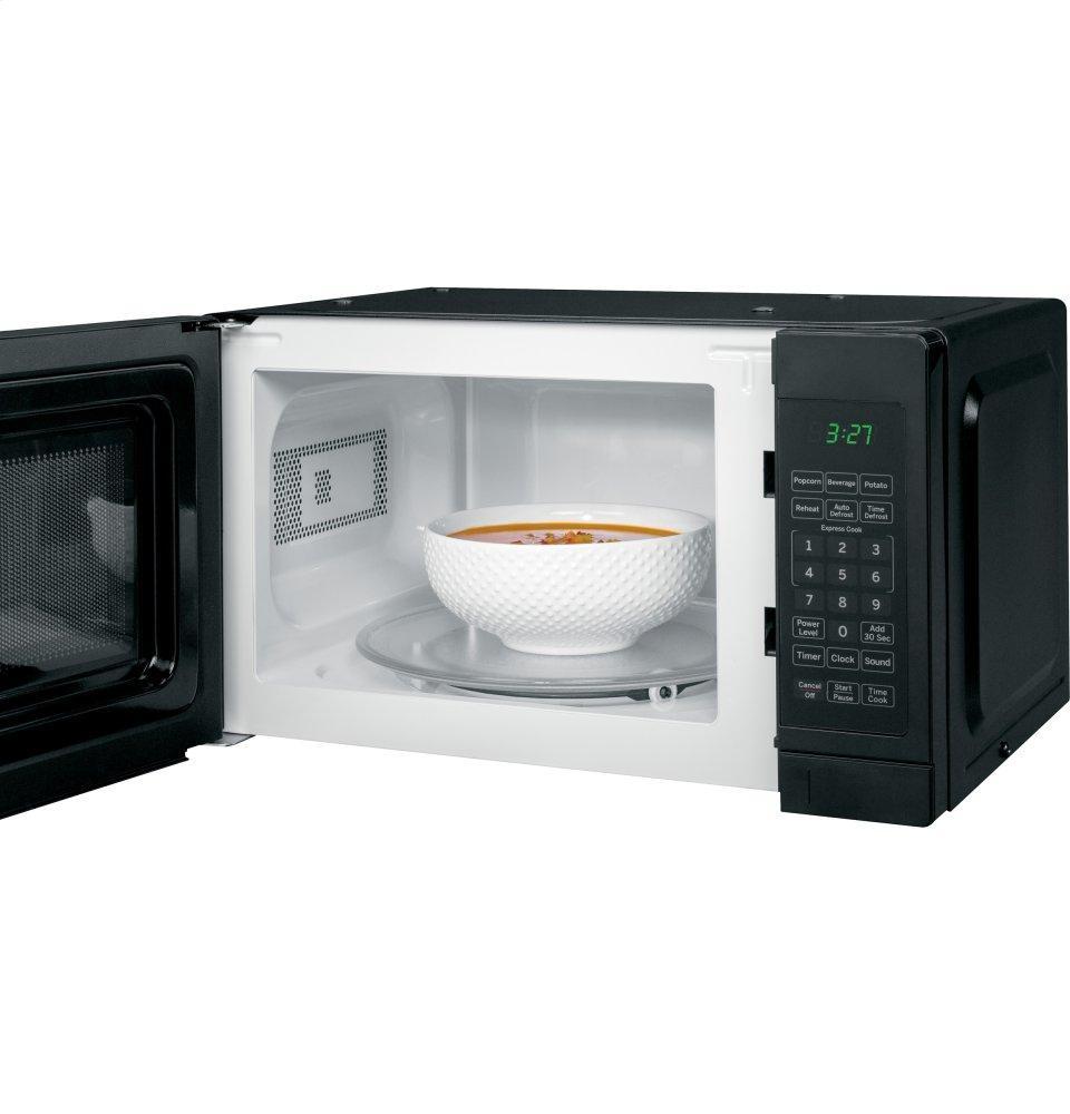 Ge Appliances Ge 174 0 7 Cu Ft Capacity Countertop