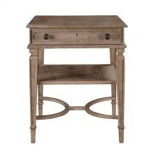 Wethersfield Estate-End Table in Brimfield Oak