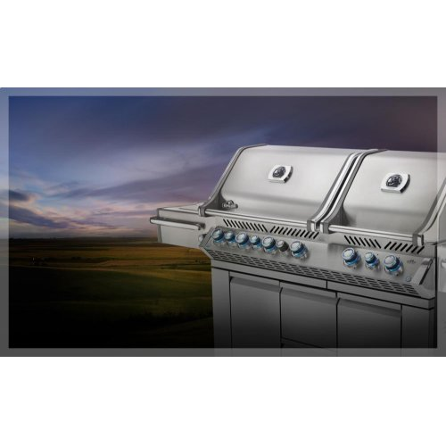 Prestige PRO 825 with Infrared Rear, Bottom Burners