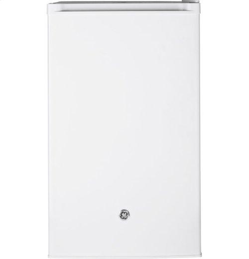 GE Compact Refrigerator 4.4 CuFt. E-star