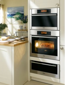 MasterChef 70cm Single Oven **** Floor Model Closeout Price ****
