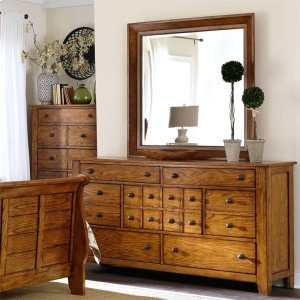 LIBERTY FURNITURE INDUSTRIESDresser & Mirror