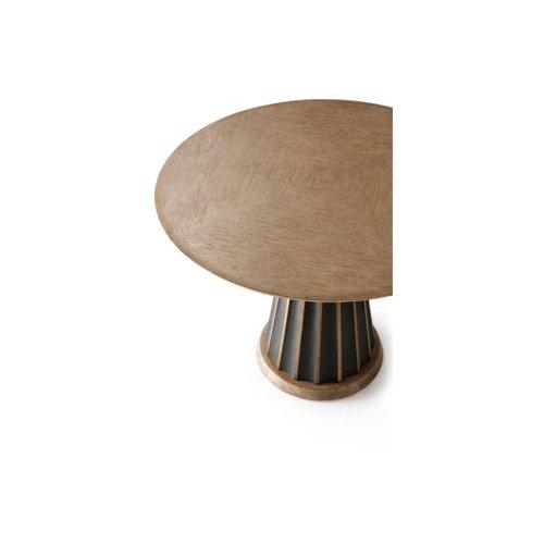 Oak Hendrix Accent Table I - Sandalwood Oak